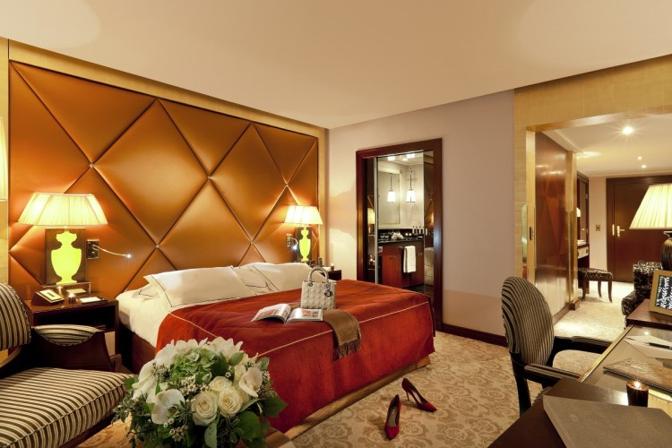 Fouquet's Barriere Paris Deluxe Room
