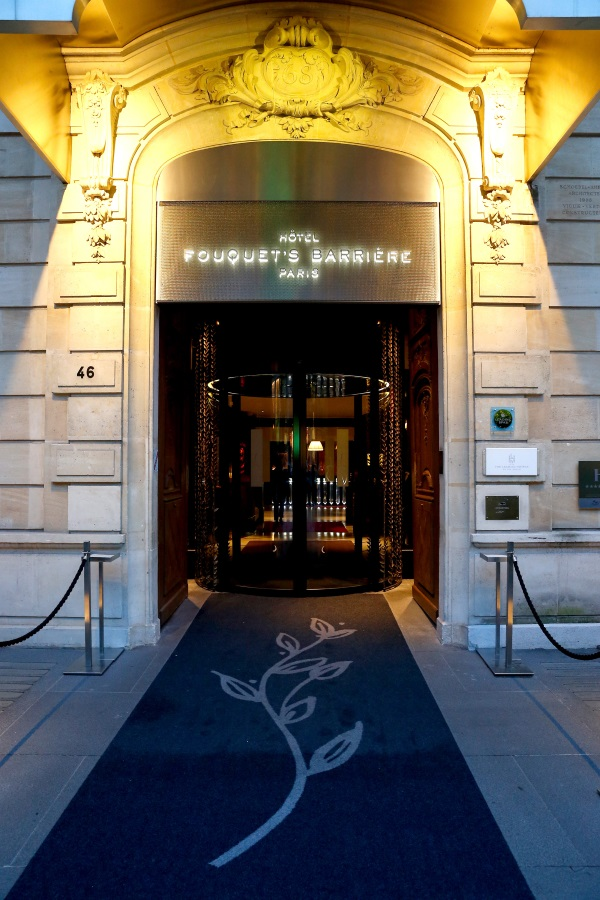 Lucien barriere paris for Fouquet s enghien