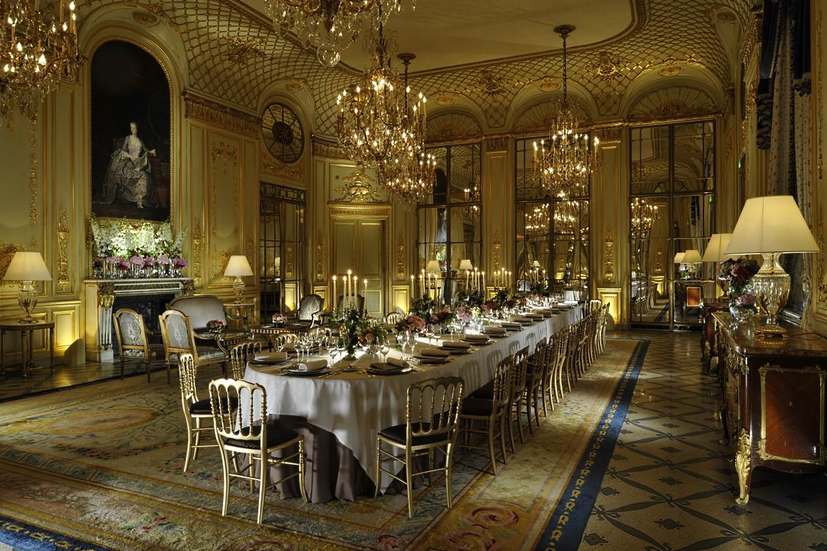 Le meurice paris luxury hotel in paris france for Salon de the