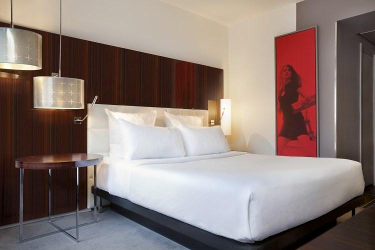 Le Meridien Etoile - Urban Guest Room