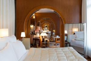 The Signature Suite - Bedroom