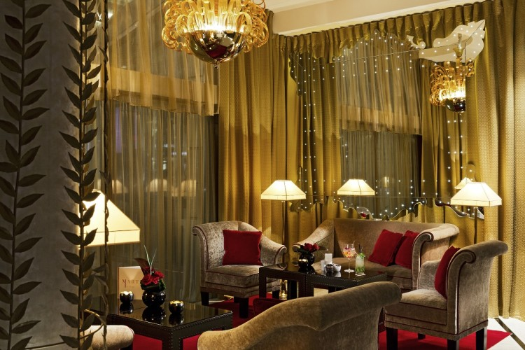 Fouquet's Barriere Paris lobby