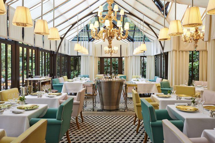 Le royal monceau raffles paris h tel de luxe paris for Restaurant le jardin royal monceau