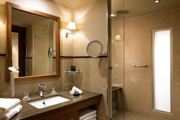 sofitel lyon bellecour h tel de luxe avec spa lyon france. Black Bedroom Furniture Sets. Home Design Ideas