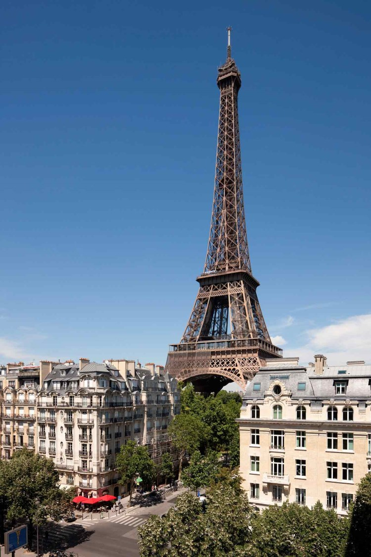 Luxury hotels near the eiffel tower in paris france - Tour eiffel image ...