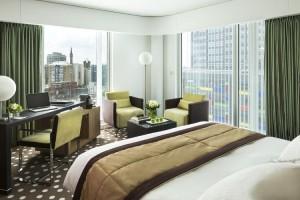 Chambre avec vue ville