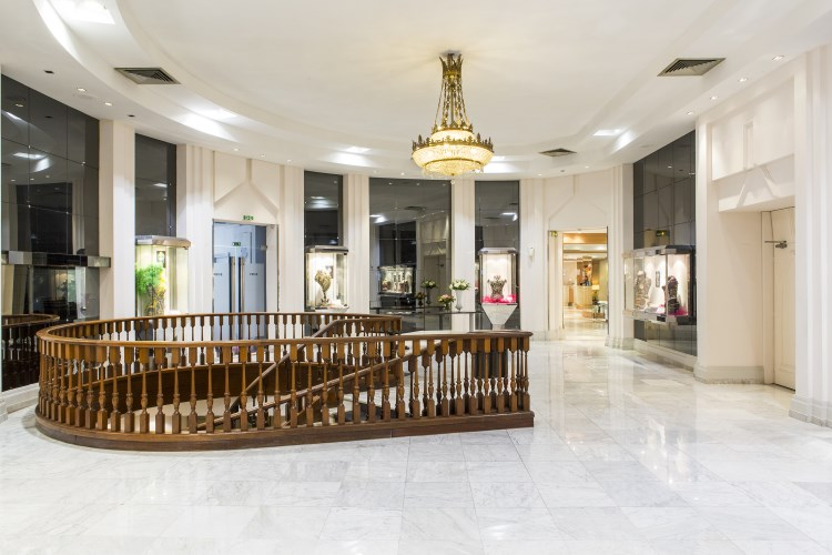 B4 Nice Plaza - Lustre dans le hall