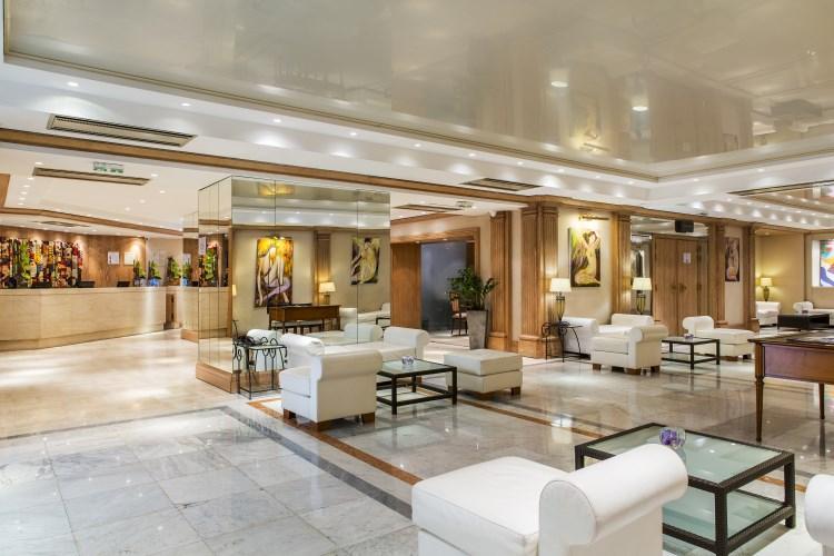 B4 Nice Plaza - Hall