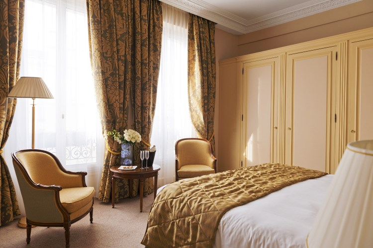 Intercontinental carlton cannes luxury hotel in cannes for Prix chambre carlton cannes
