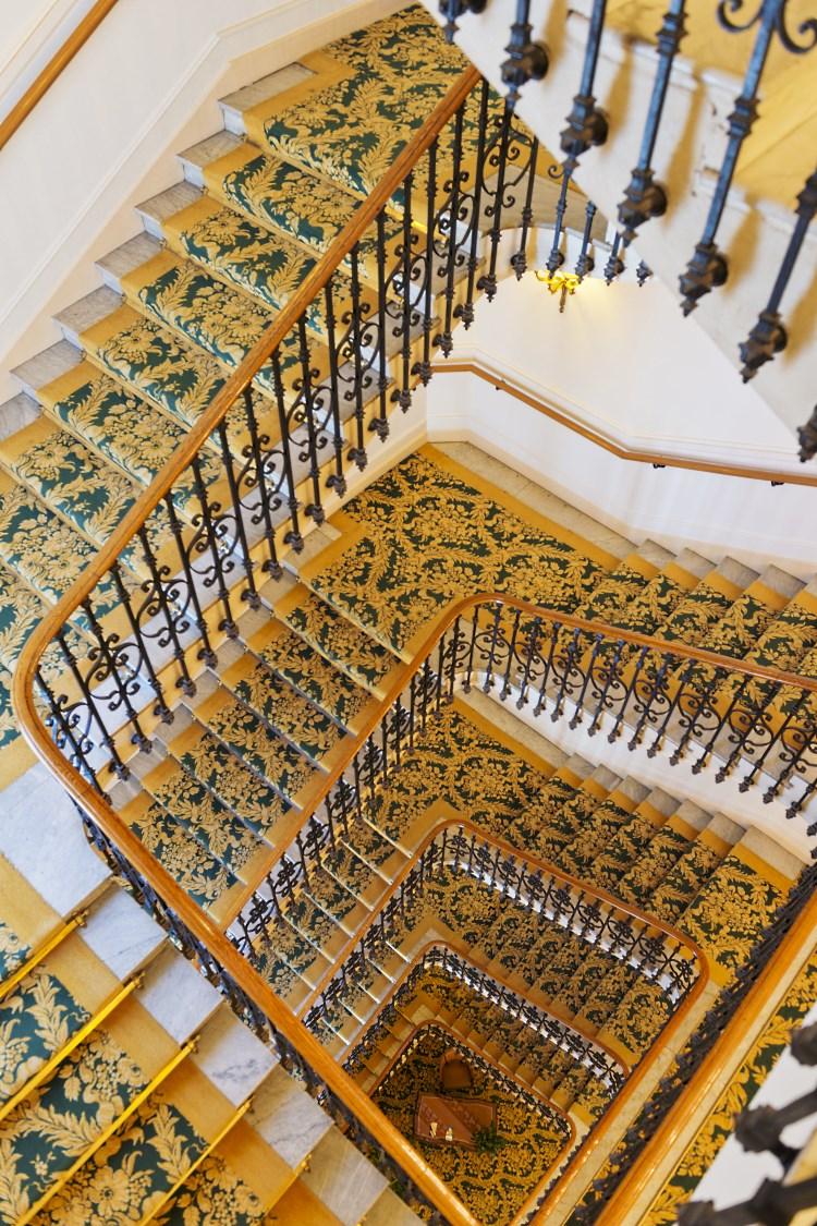 Carlton Cannes - Escalier