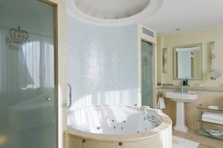 Carlton Cannes - Suite Grace Kelly - Salle de bains
