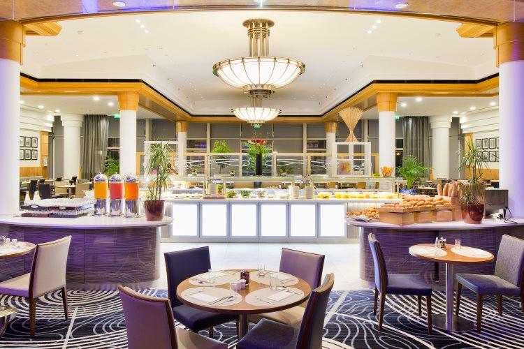 Hilton Paris Charles de Gaulle Airport - Breakfast