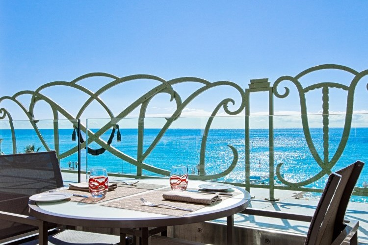 Hyatt Regency Palais de la Mediterranee Nice - Terrace