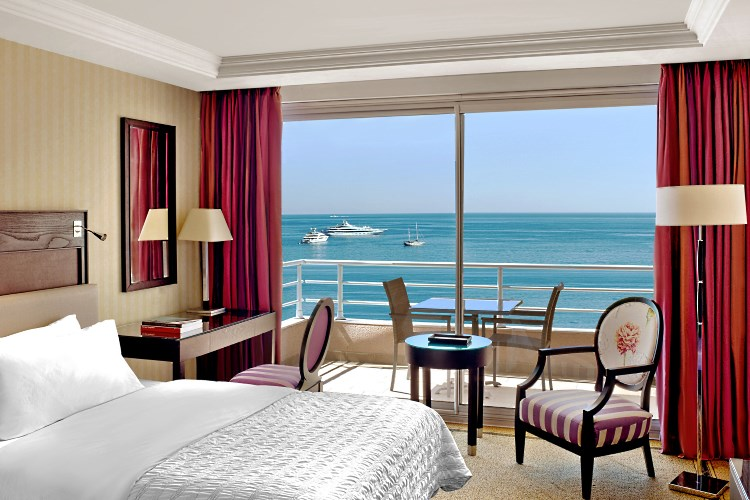 Le Meridien Beach Plaza - Deluxe Sea view