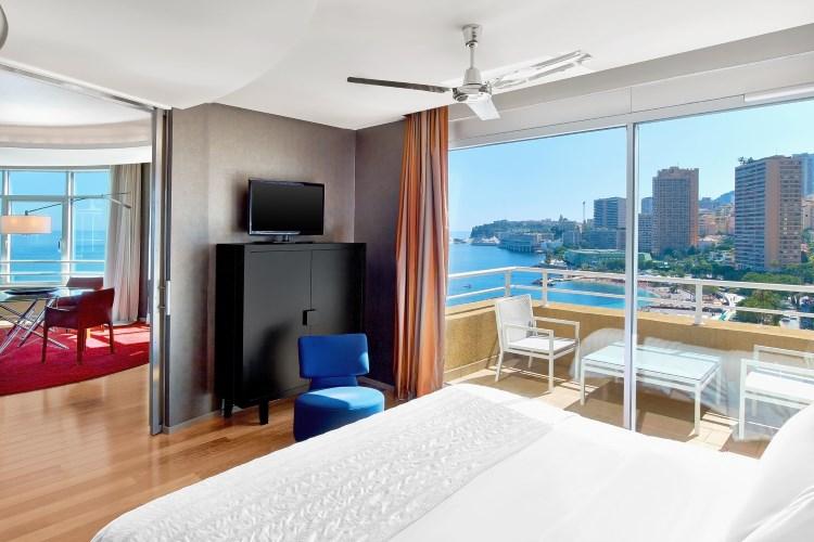 Le Meridien Beach Plaza - Presidential Suite bedroom