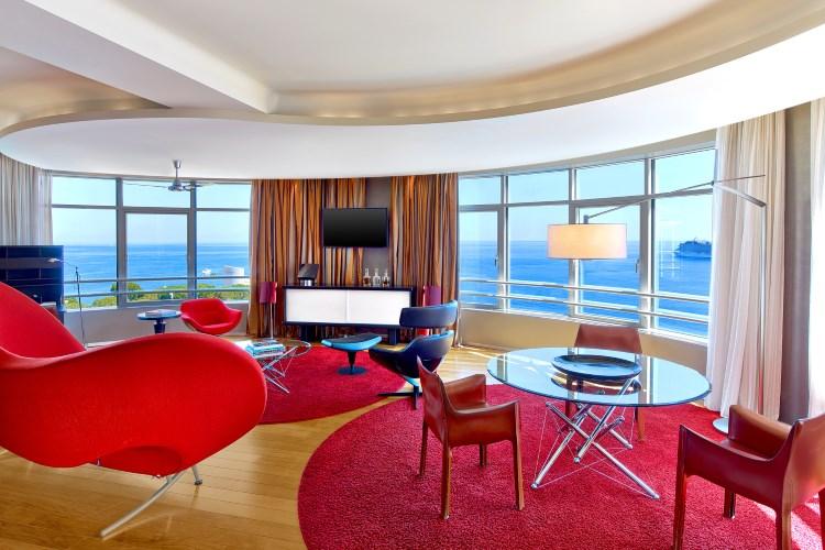Le Meridien Beach Plaza - Presidential Suite living room