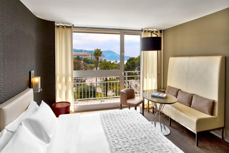 Le Meridien Nice - Deluxe room - Garden and sea view