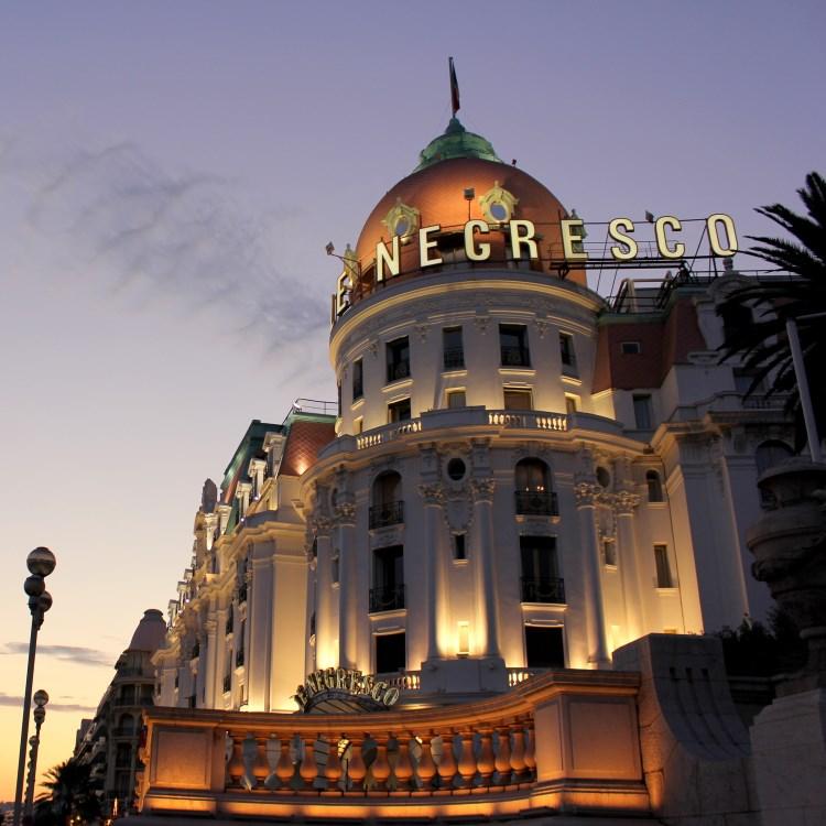 Hotel le negresco nice luxury hotel in nice france for Best hotels in nice