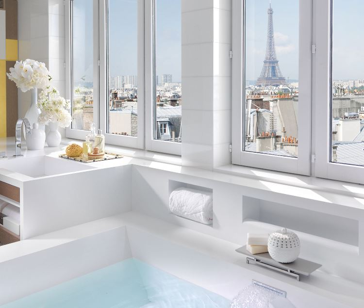Mandarin Oriental Paris Presidential Suite bathroom 1