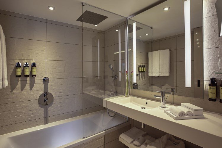 Pullman Paris Roissy CDG - Salle de bains