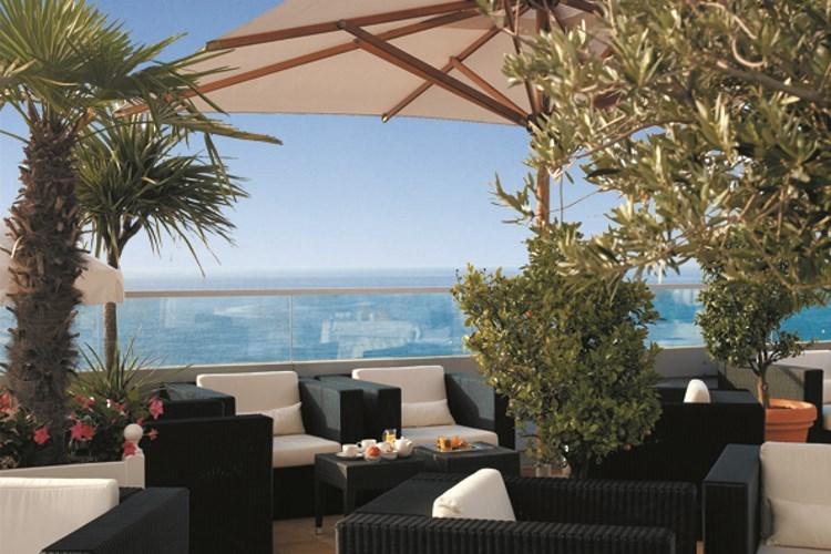 Radisson Blu Nice - La terrasse