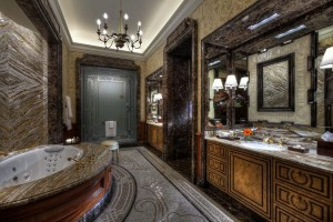 Villa Spanish - Master Bathroom