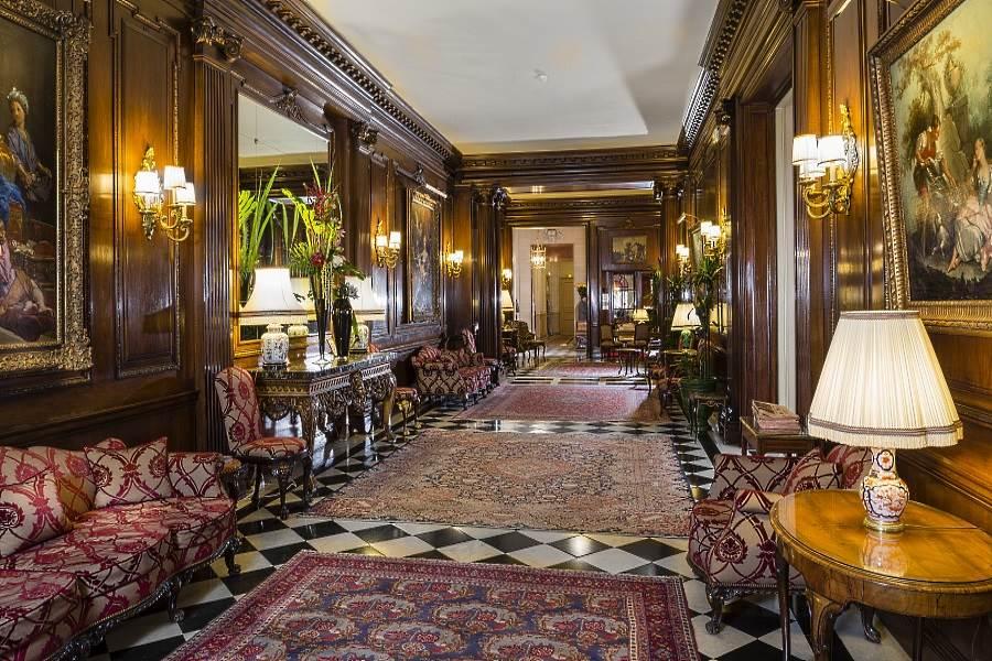 Raphael Hotel Paris