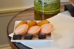 Hotel Raphael Paris macarons