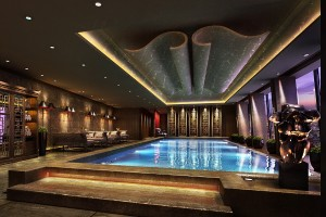 Infinity Swimming Pool - level 52 - Shangri-La Hotel, At The Shard, London
