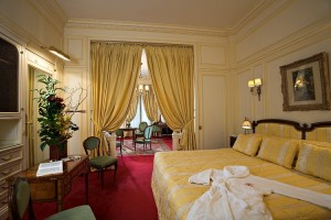 Junior Suite Deluxe Hotel Raphael Paris