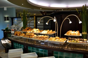 Breads and Viennese pastries buffet