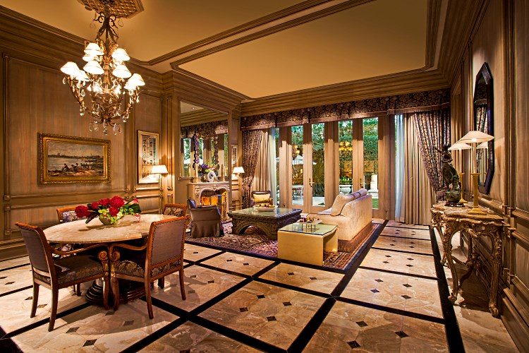 Mirage Las Vegas - Villa - Living and dining room