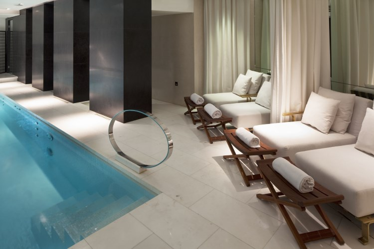 Radisson Blu Le Metropolitan - Pool