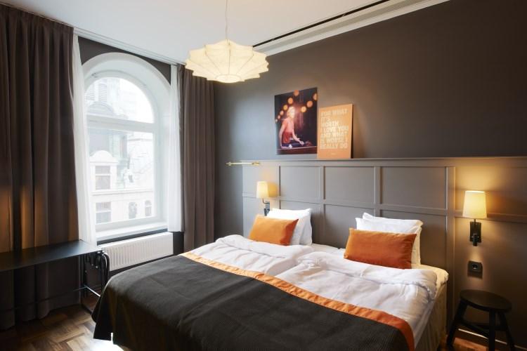 Scandic Grand Central - Suite bedroom
