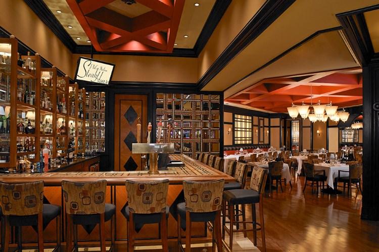 Treasure Island Las Vegas - Phil's Restaurant