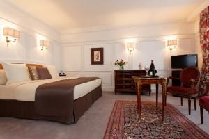 La Pérouse Suite bedroom