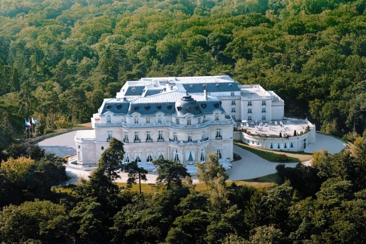 Chateau Hotel Mont Royal Chantilly vue aérienne