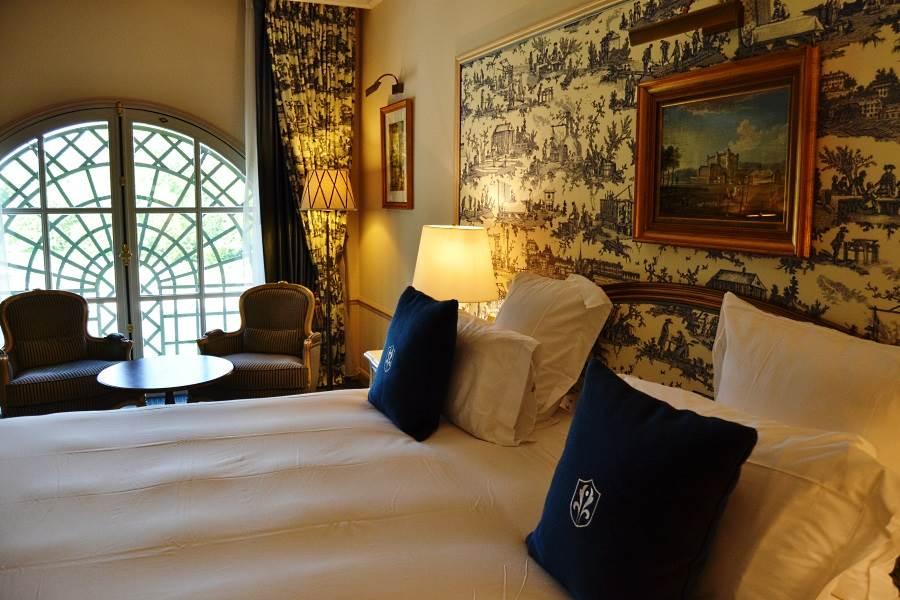 auberge du jeu de paume chantilly luxury hotel in chantilly france. Black Bedroom Furniture Sets. Home Design Ideas
