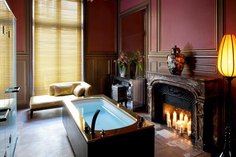 Buddha Bar Hôtel Paris - Salle de bain de la Suite de Gagny