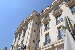 La façade vue depuis la terrasse
