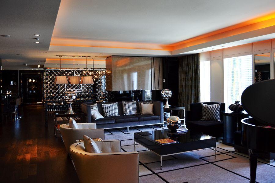 Mandarin Oriental Las Vegas Emperor Suite Living Room