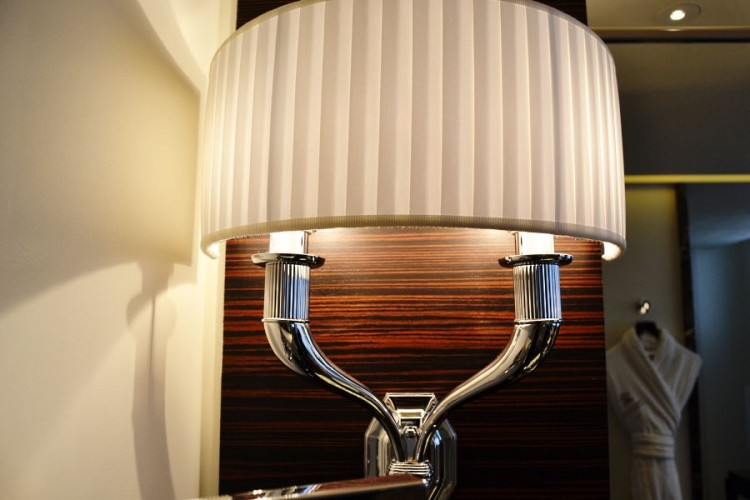 Bathroom Art Deco wall lighting