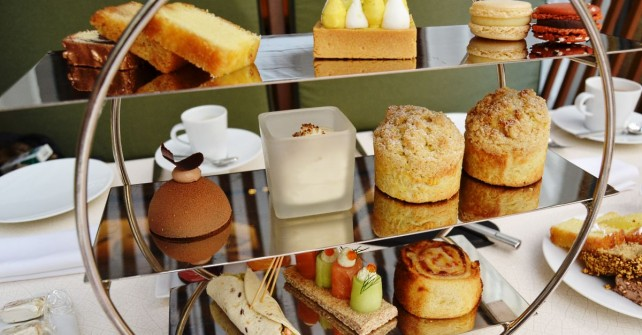 Tea time at the Prince de Galles Paris