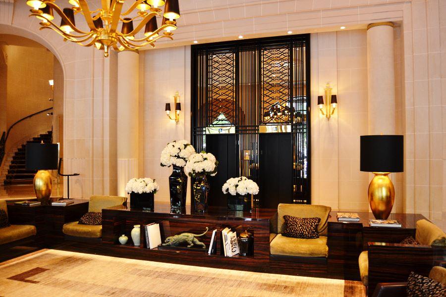 Prince de Galles Paris lobby