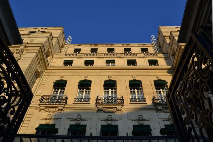 La façade du Shangri-La Paris