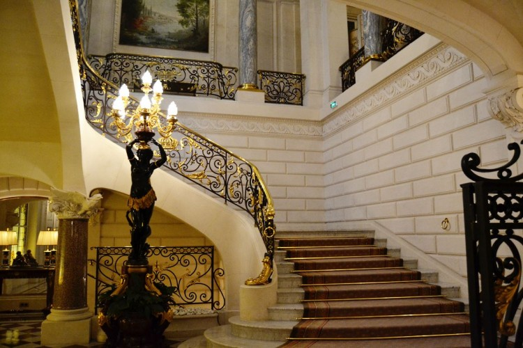 Shangri-La Paris grand staircase