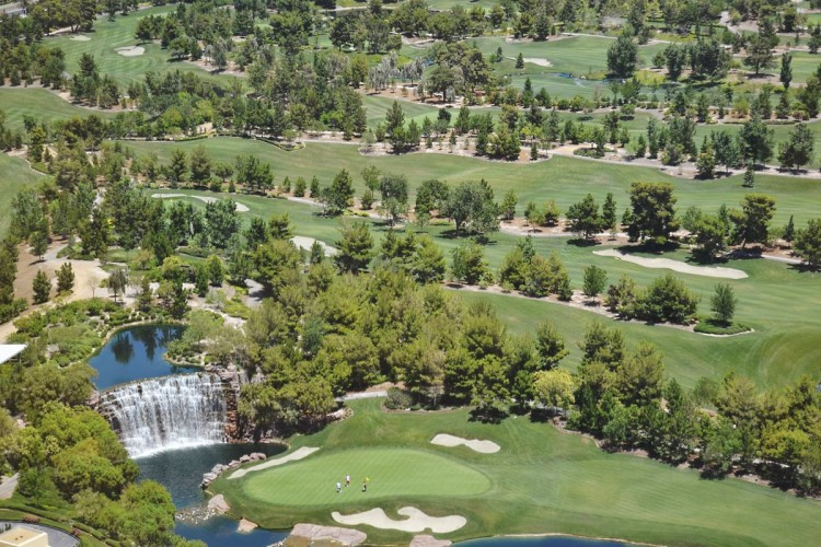 The golf waterfalls
