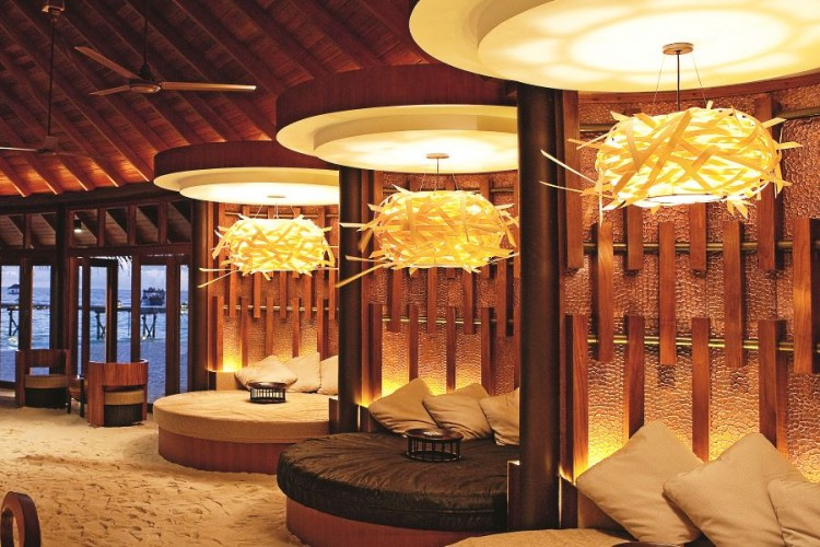 Maldives Jahaz restaurant Constance hotel