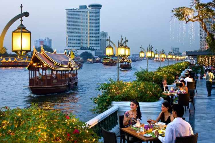 The Riverside restaurant terrace above the Chao Phraya river