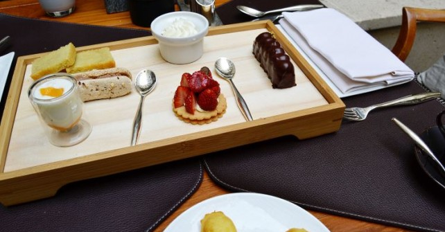 Tea-time at Park Hyatt Paris-Vendôme